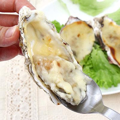 ぷりっとした牡蠣のあつあつグラタン!自然でコクのある美味しさです!